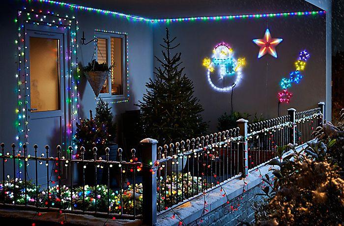 Balcony Christmas Lights  How to Hang Outdoor Christmas Lights Rain City Solar Power