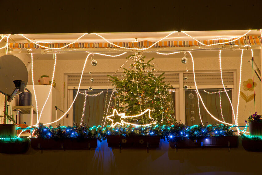 Balcony Christmas Lights  How to Decorate Your Apartment Balcony for Christmas