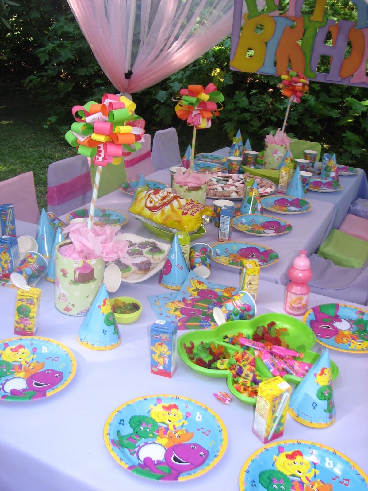Barney Birthday Decorations  GLITTERING GATHERINGS BARNEY PARTY