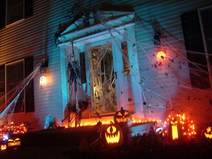 Best Outdoor Halloween Decorations  Spooky Halloween Front Yard Decorations Damn Cool