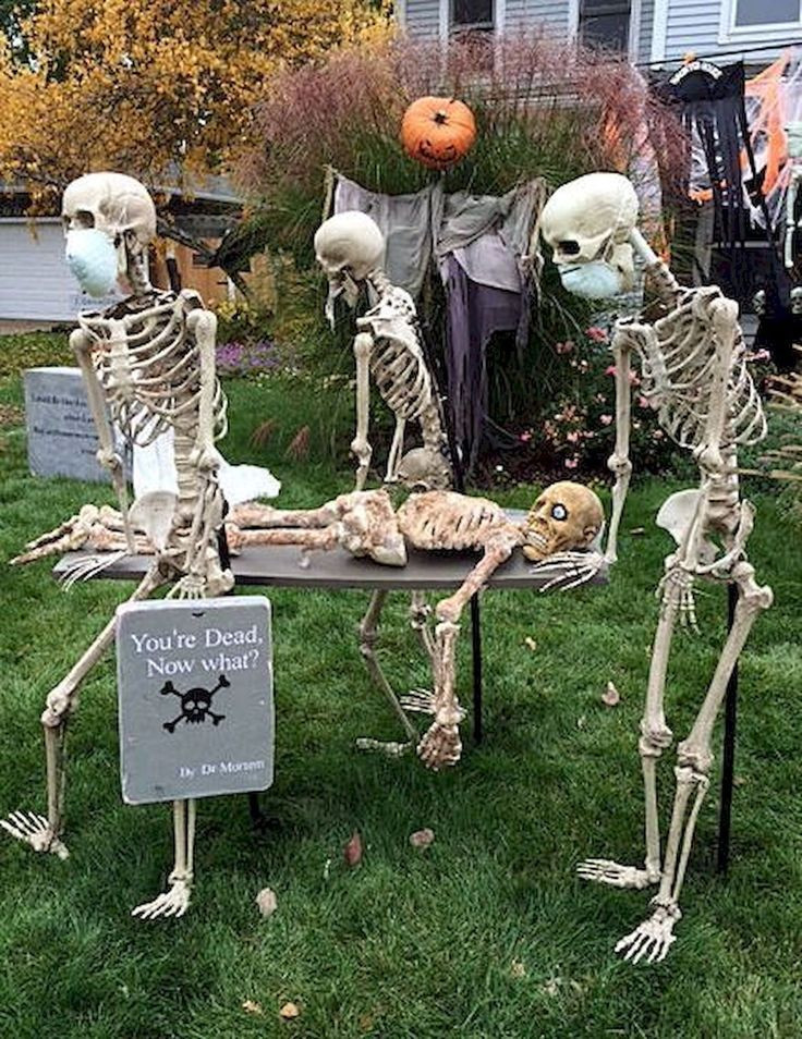 Best Outdoor Halloween Decorations  35 Best DIY Halloween Outdoor Decorations for 2018 31