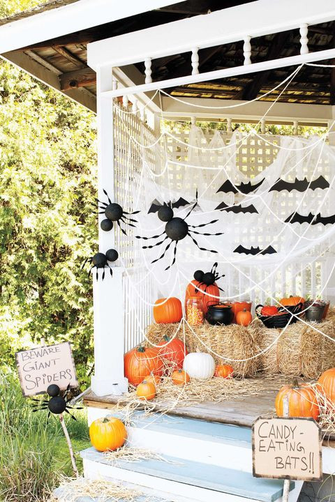 Best Outdoor Halloween Decorations  38 Scary Outdoor Halloween Decorations Best Yard and