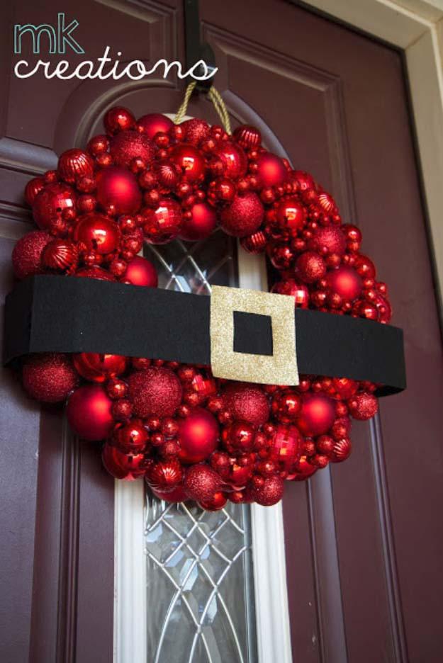 Christmas Ball Wreath DIY  26 Most Beautiful DIY Holiday Wreaths Ever
