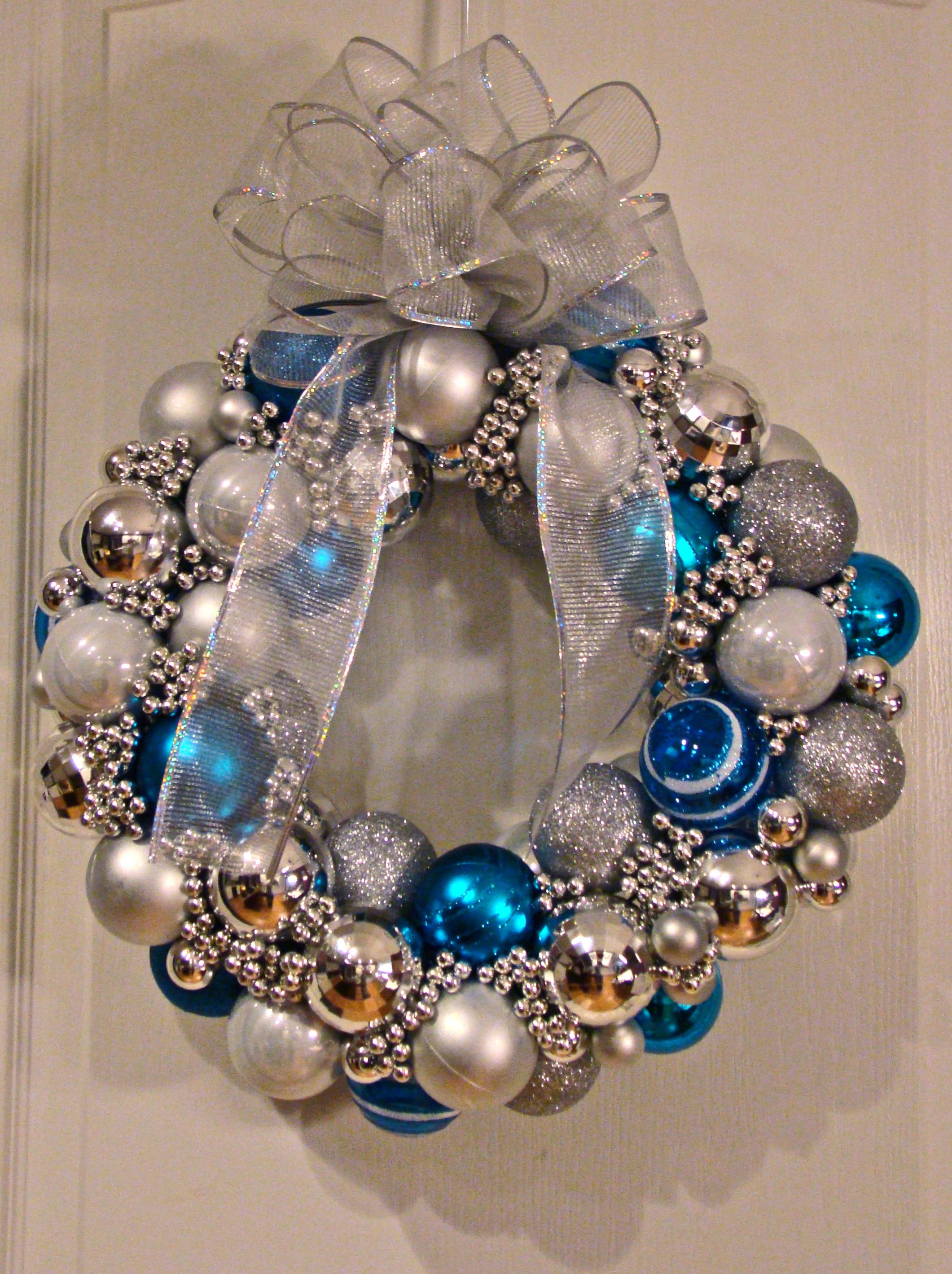 Christmas Ball Wreath DIY  Christmas Ball Wreath…TUTORIAL Cyndicated