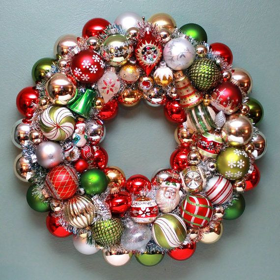 Christmas Ball Wreath DIY  25 best ideas about Vintage Christmas Balls on Pinterest