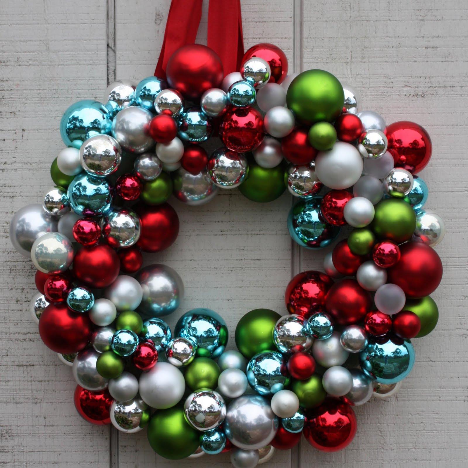 Christmas Ball Wreath DIY  Christmas Ornament Wreath