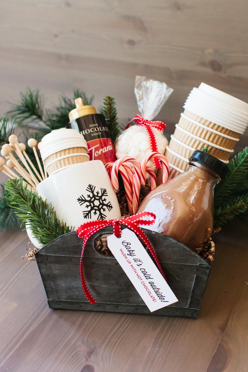 Christmas Basket DIY  DIY Gift Basket Ideas The Idea Room