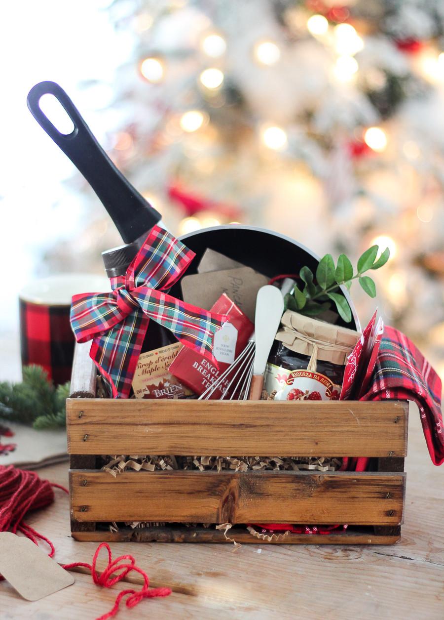 Christmas Basket DIY  50 DIY Gift Baskets To Inspire All Kinds of Gifts