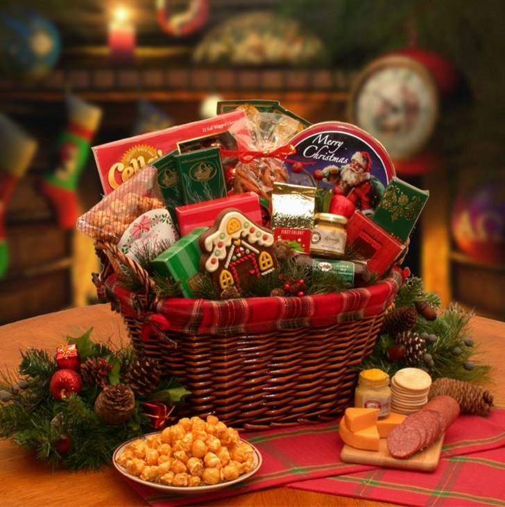 Christmas Basket DIY  Christmas basket ideas – the perfect t for family and