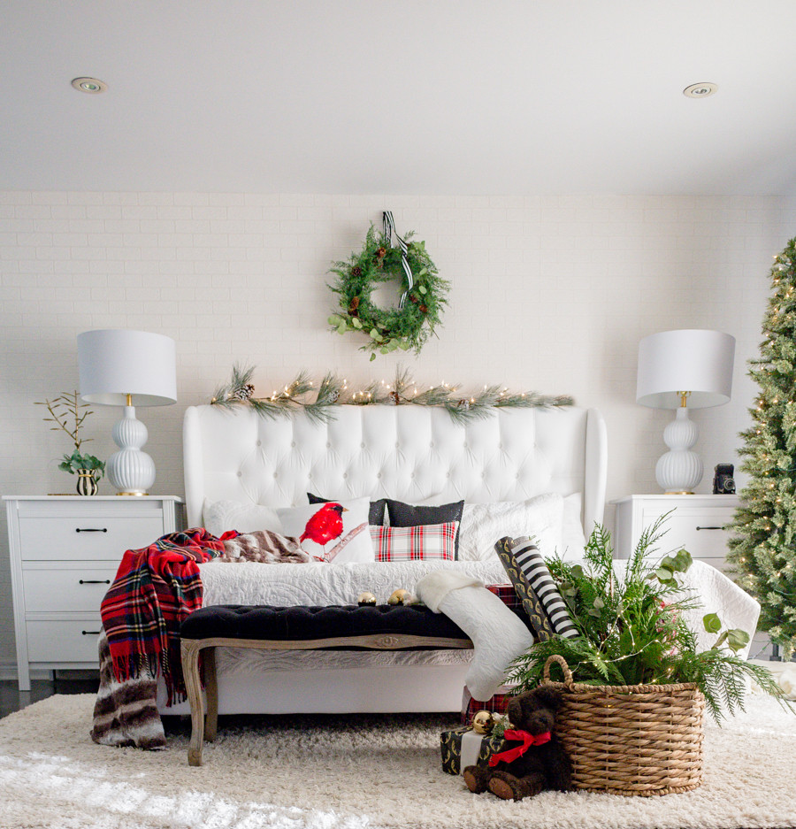 Christmas Bedroom Decor  Christmas Bedroom Decor