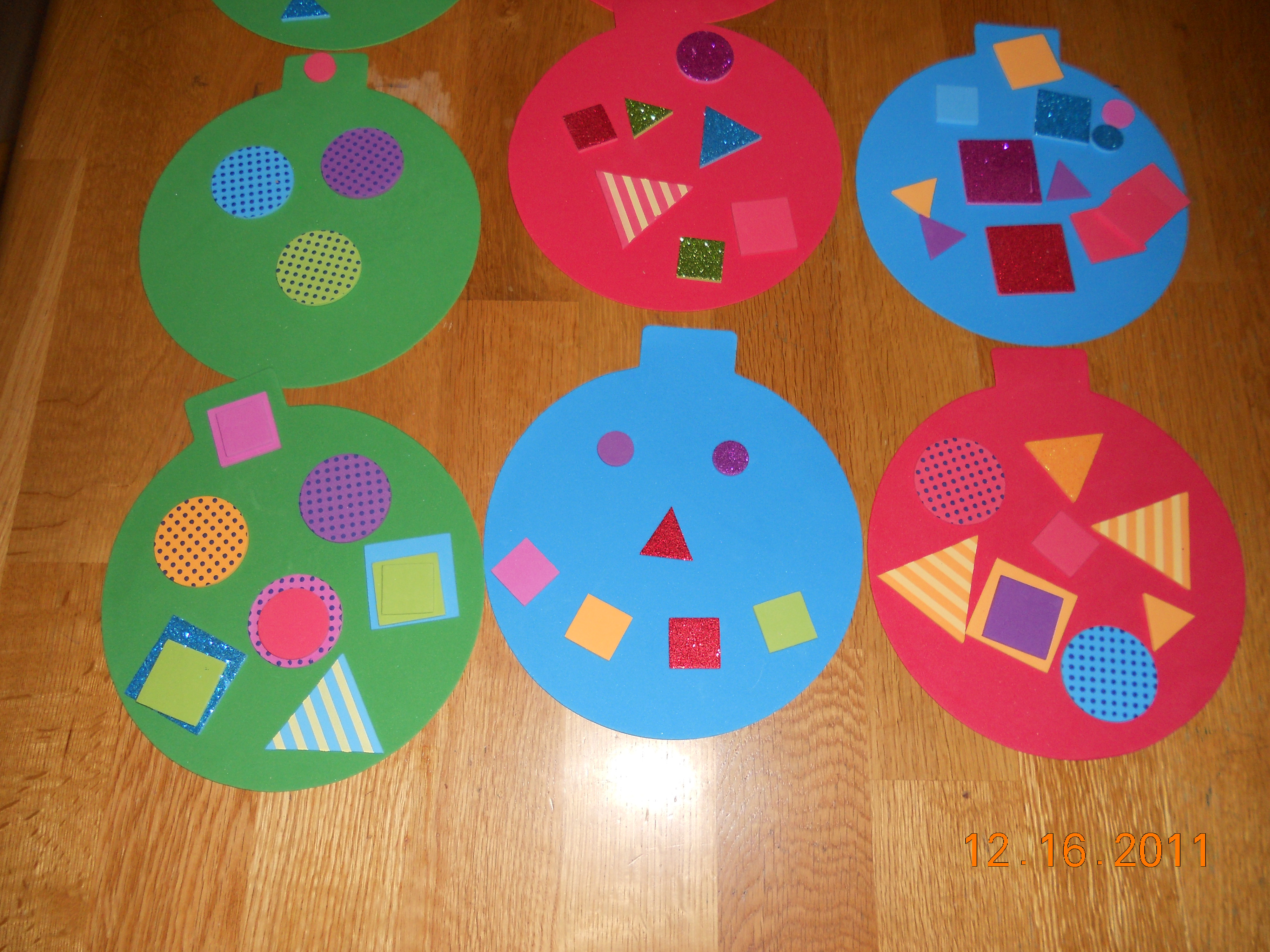 Christmas Craft Ideas For Pre School  Preschool Crafts for Kids Easy Christmas Ornament Craft
