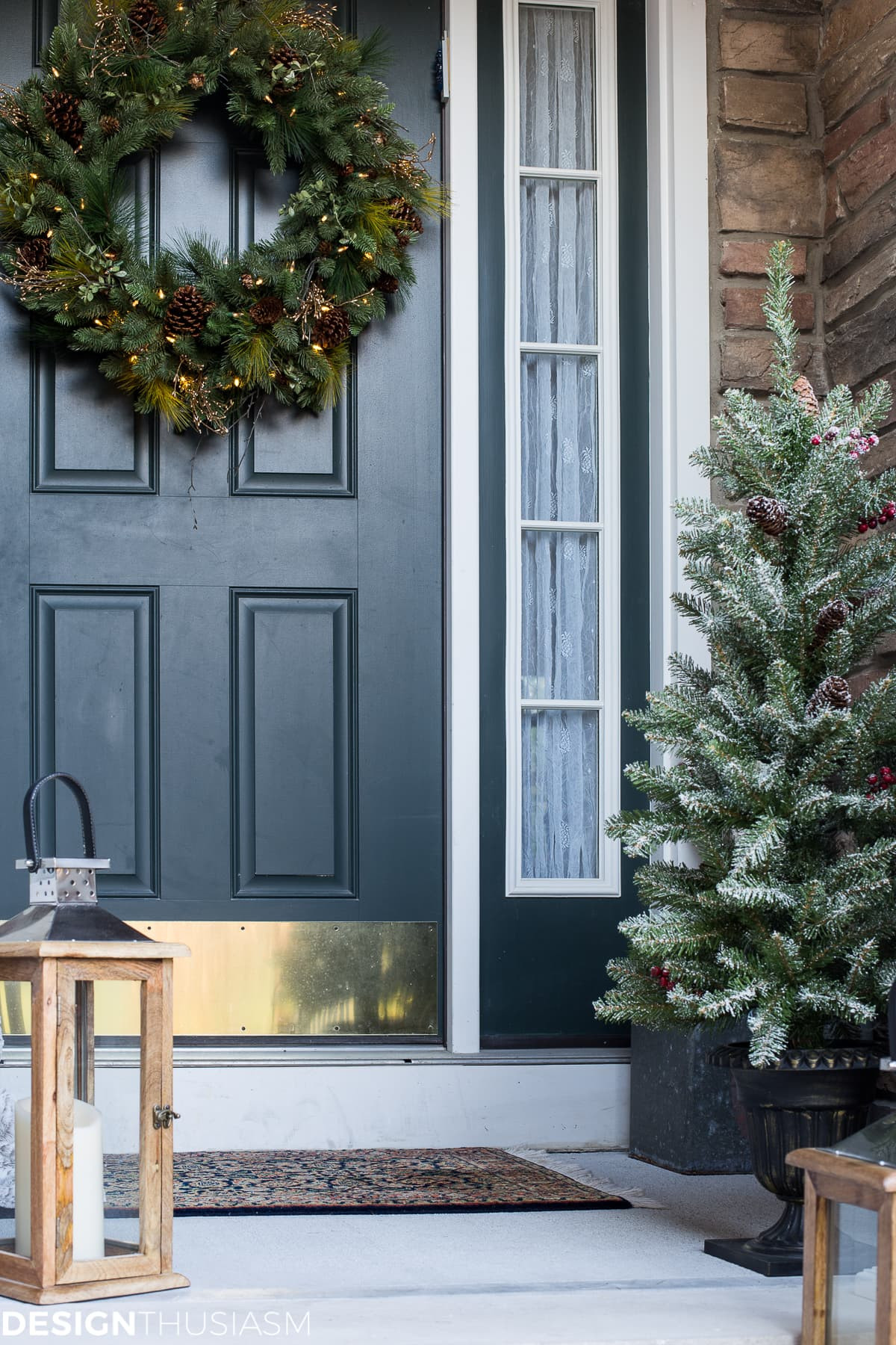 Christmas Decorations For Front Porch  Easy Outdoor Christmas Decorating Ideas for a Tiny Front Porch