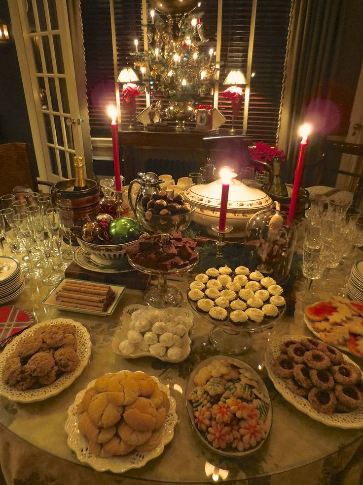 Christmas Dinner Party Ideas  Best 25 Christmas eve dinner ideas on Pinterest