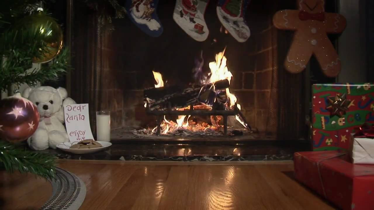 Christmas Fireplace Dvd  Holiday Video Fireplace with Christmas Tree and Model