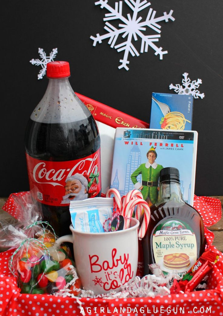 Christmas Gift Theme Ideas  Best 25 Christmas t baskets ideas only on Pinterest