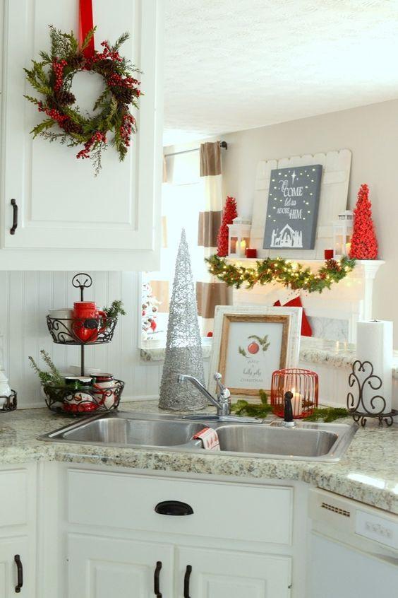 Christmas Kitchen Decor  26 Cozy Christmas Kitchen Décor Ideas Shelterness