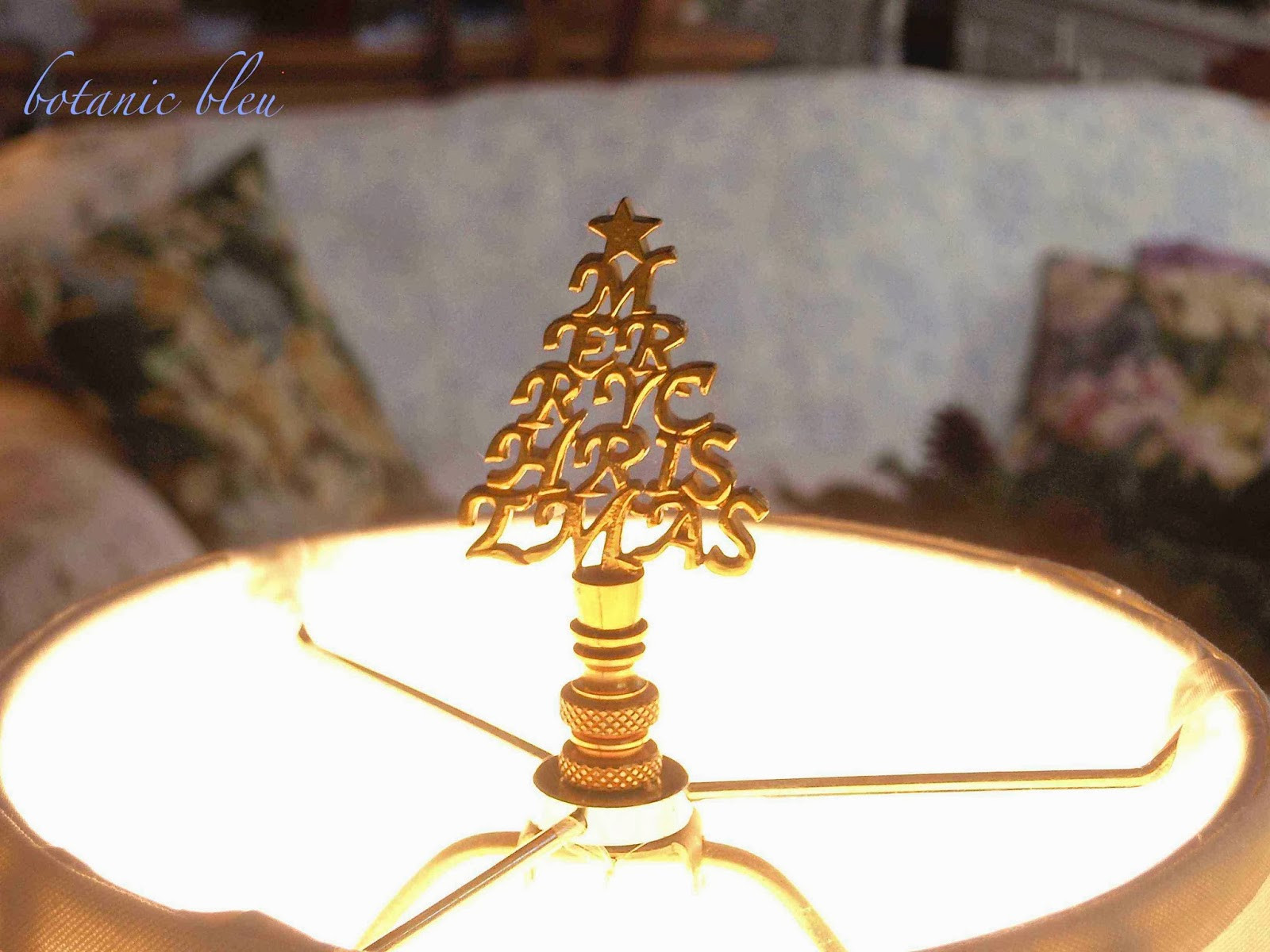 Christmas Lamp Finials  Botanic Bleu White Christmas 2013 rt 1