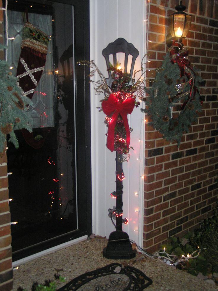 Christmas Lamp Post Decorations  1000 Lamp Post Ideas on Pinterest