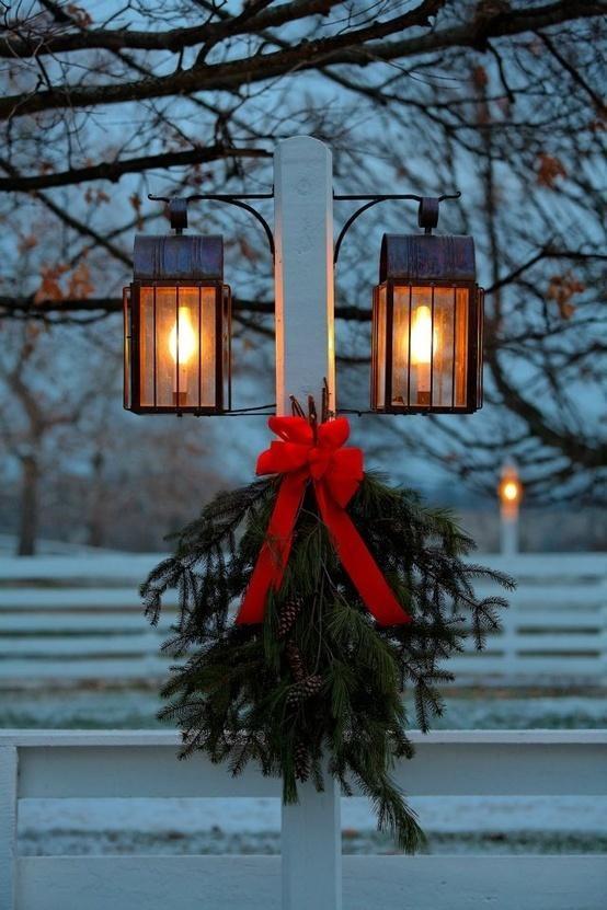 Christmas Lamp Post Decorations  Christmas Lamp Post