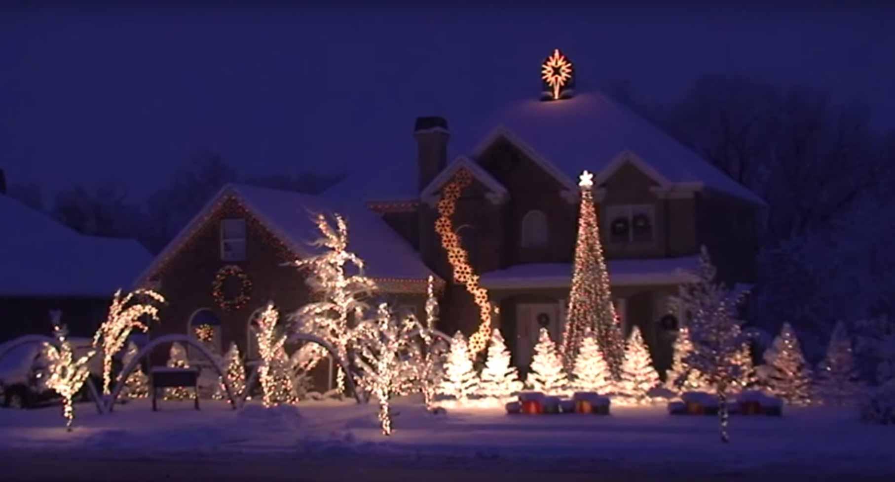 Christmas Lighting Videos  Best Christmas Lights Display