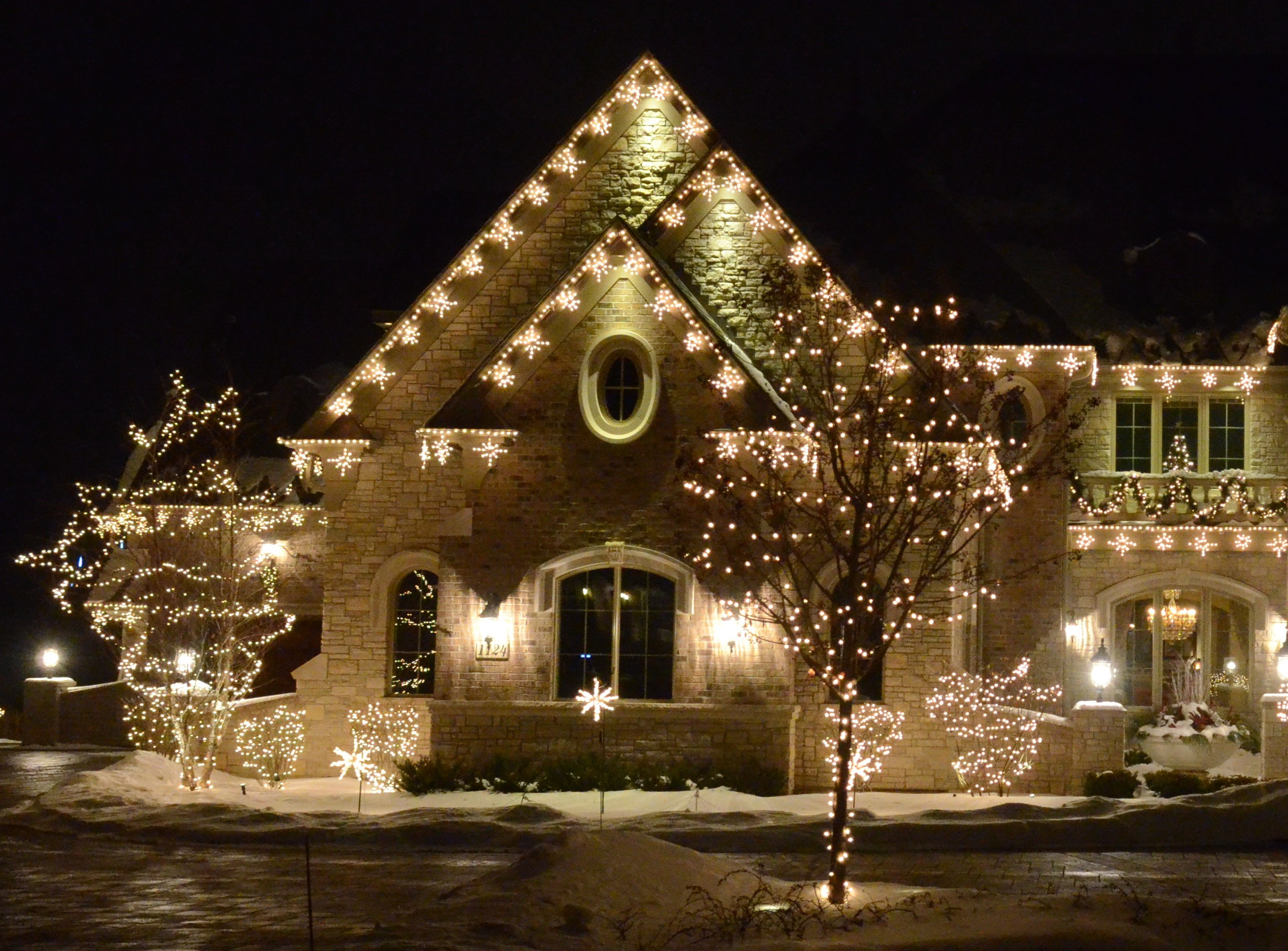 Christmas Lighting Videos  Christmas Lighting Decorator Wholesaler Distributor Canada
