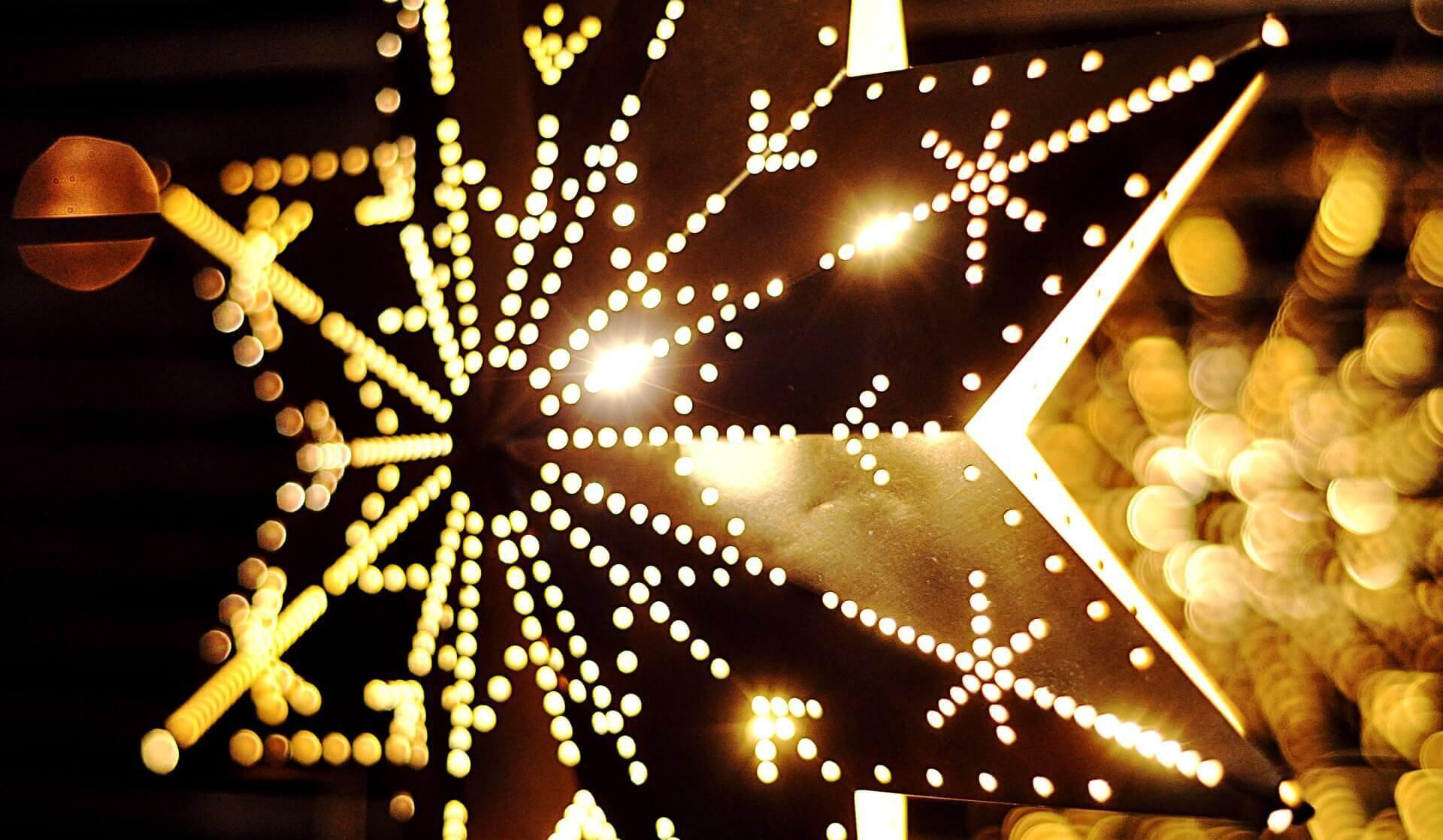 Christmas Lighting Videos  Outdoor Christmas Lighting Primrose Quick Tips