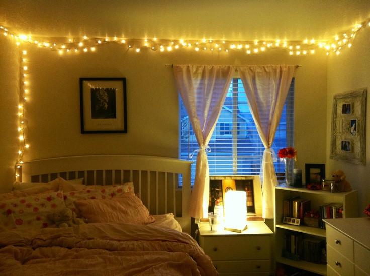 Christmas Lights In Bedroom  christmas lights in the bedroom