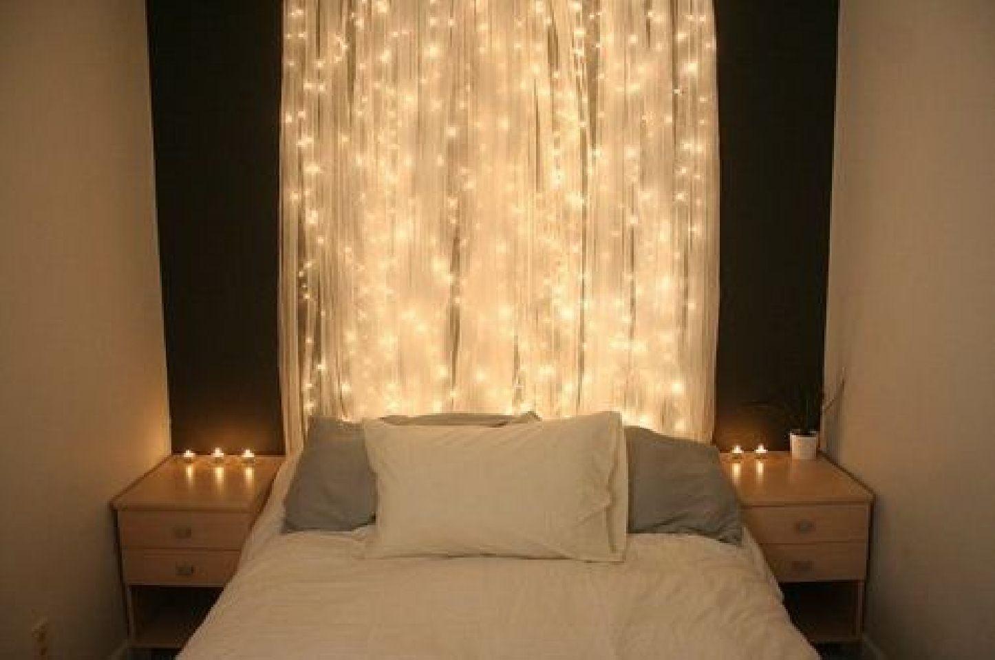 Christmas Lights In Bedroom  30 Christmas Bedroom Decorations Ideas