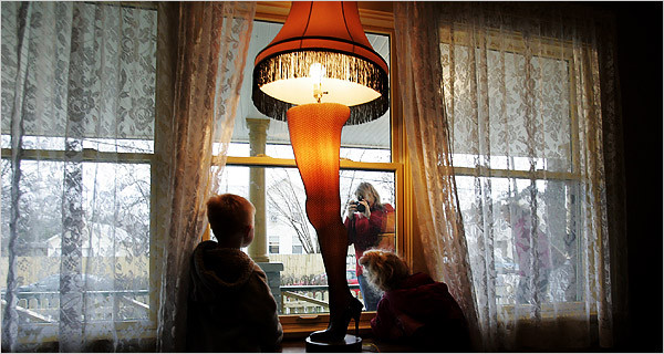 Christmas Movie With Leg Lamp  Recreating 'A Christmas Story' for Tourists in Cleveland