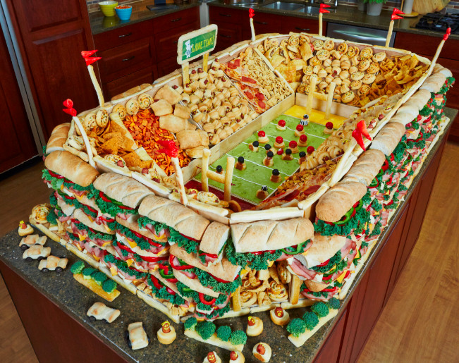 Christmas Party Menu Ideas For Large Groups  Best 25 Bud party food ideas on Pinterest