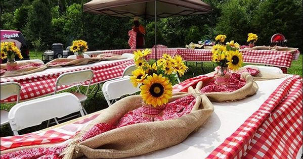 Christmas Party Theme Ideas For Adults  christmas country western unique table centerpieces