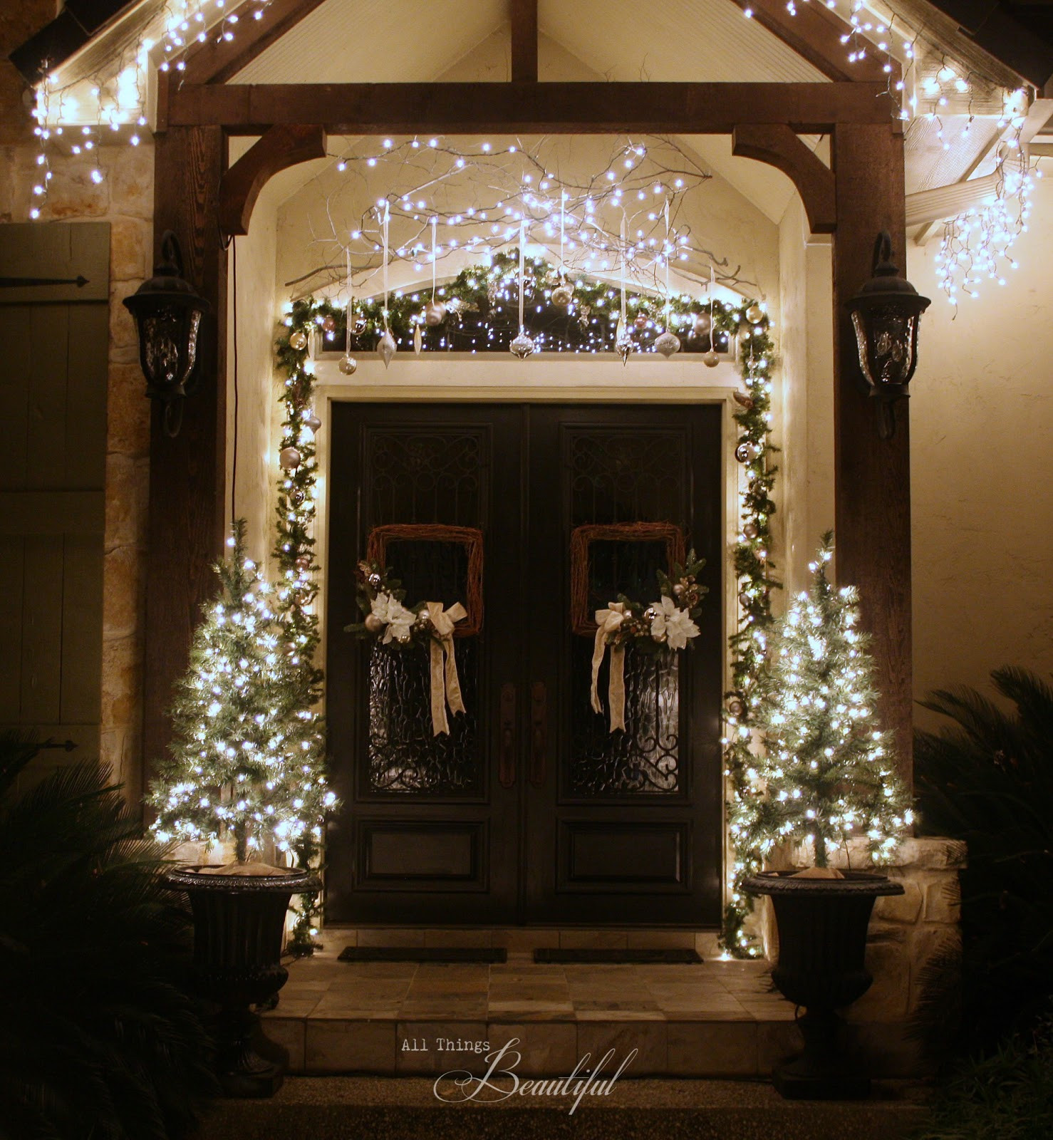 Christmas Porch Lights  All Things Beautiful Christmas Porch Garland