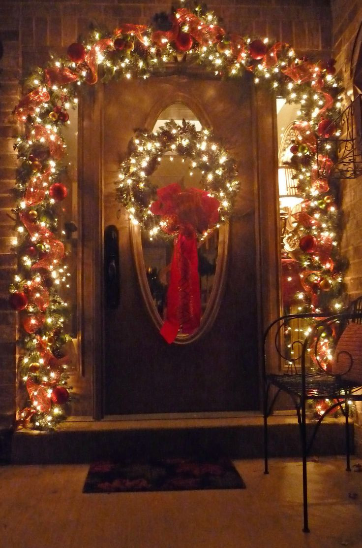 Christmas Porch Lights  Best 25 Christmas front doors ideas on Pinterest
