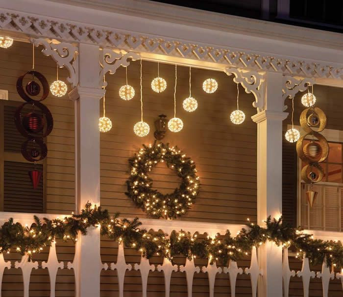 Christmas Porch Lights  26 Super Cool Outdoor Décor Ideas With Christmas Lights