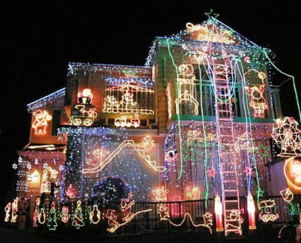 Christmas Rooftop Decorating Ideas  christmas decorations for rooftop