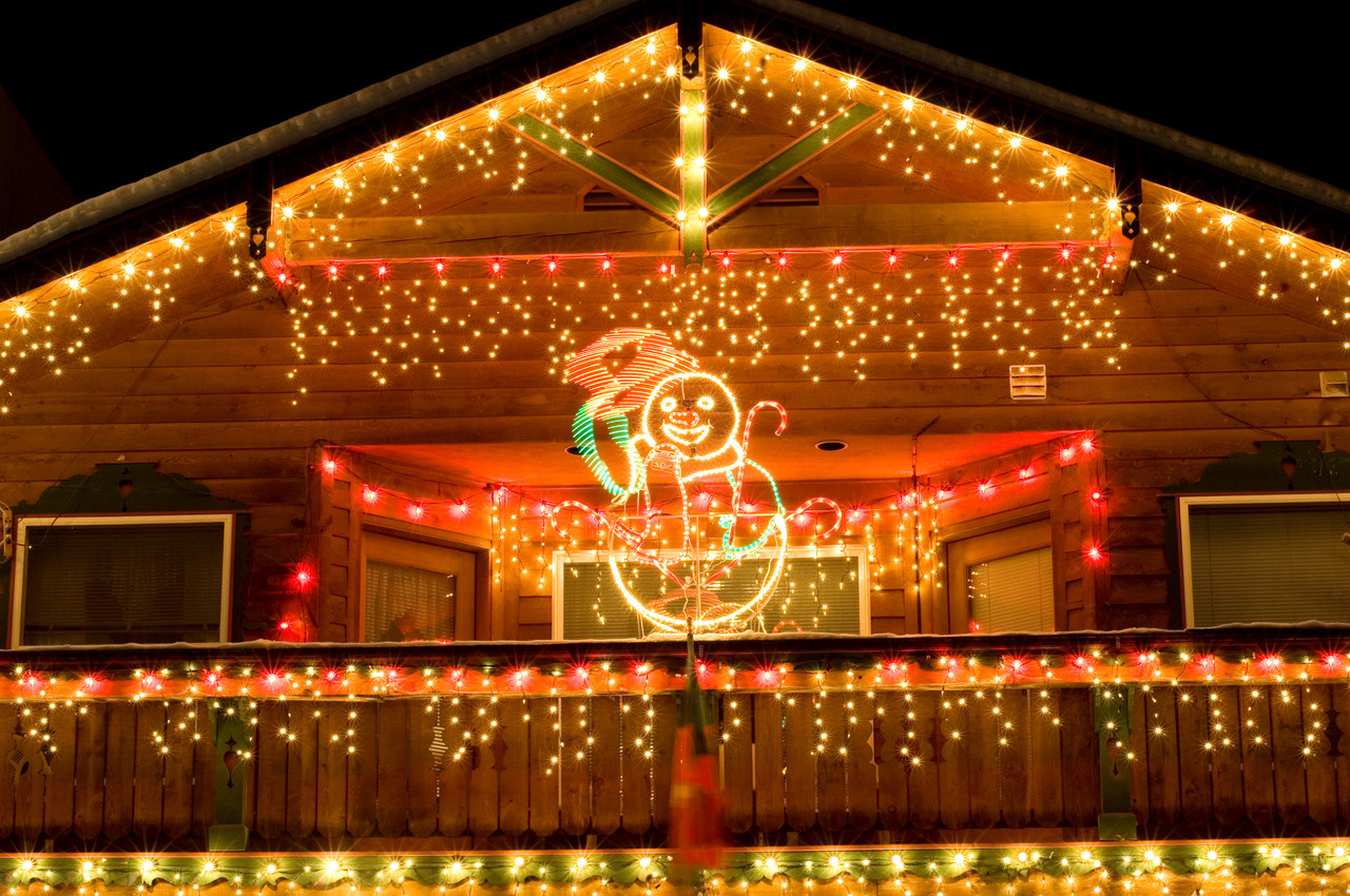 Christmas Rooftop Decorating Ideas  Outdoor Christmas Décor