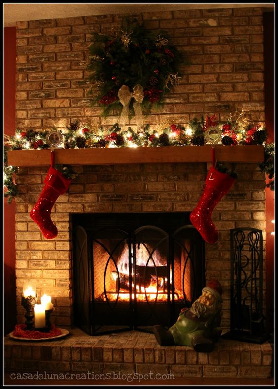 Christmas Sock Fireplace  Interior Awesome Christmas Mantel Decoration With Red