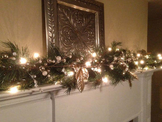 Christmas Swags For Fireplace  Decorating Strategies At Christmas