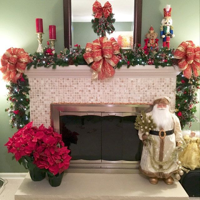 Christmas Swags For Fireplace  30 best Christmas Stairway Garlands images on Pinterest