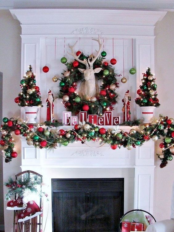 Christmas Swags For Fireplace  25 Ultimate Christmas Mantel Décor Ideas Shelterness