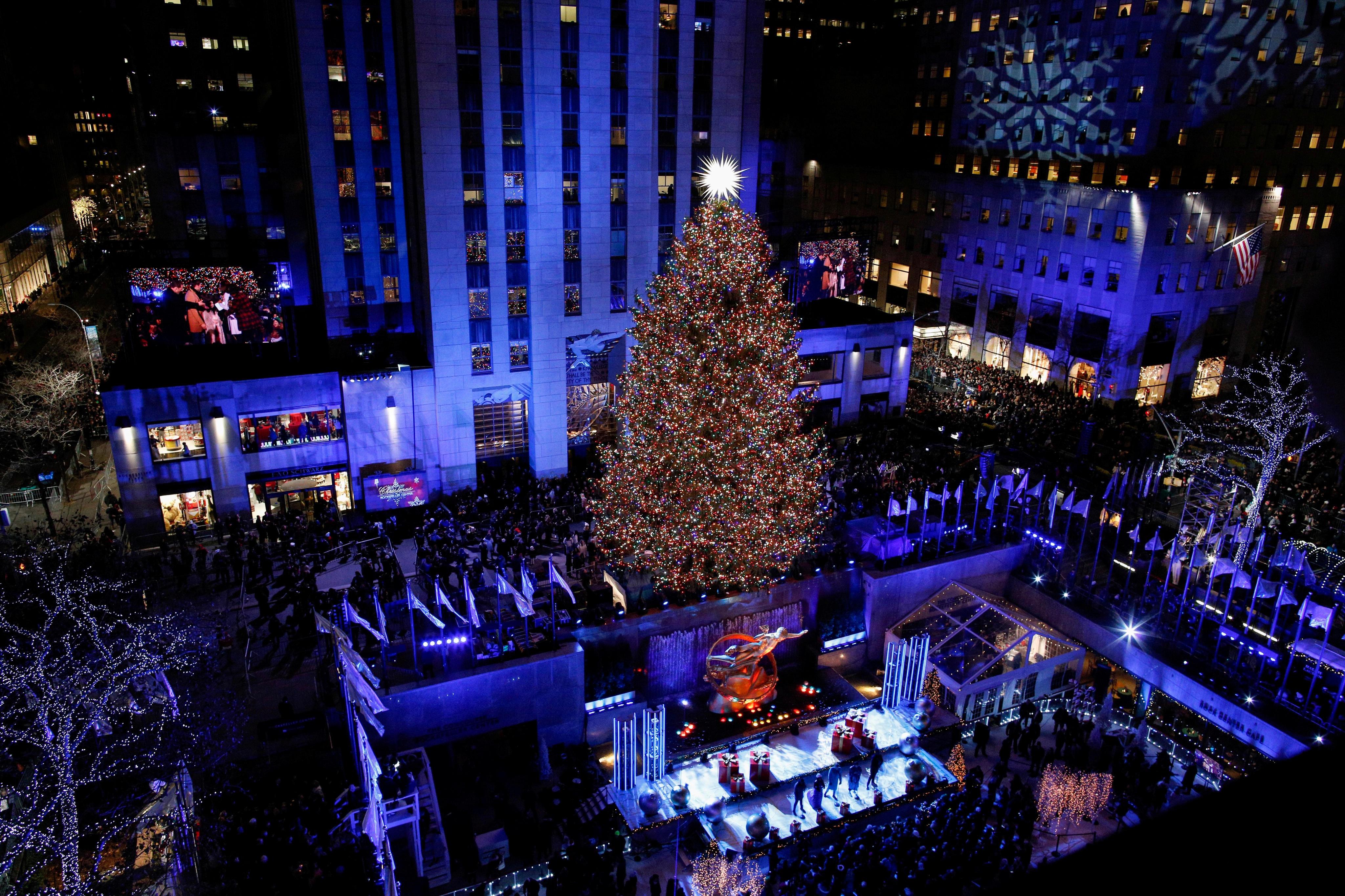 Christmas Tree Lighting 2019  2018 Rockefeller Center Christmas Tree Lighting Watch