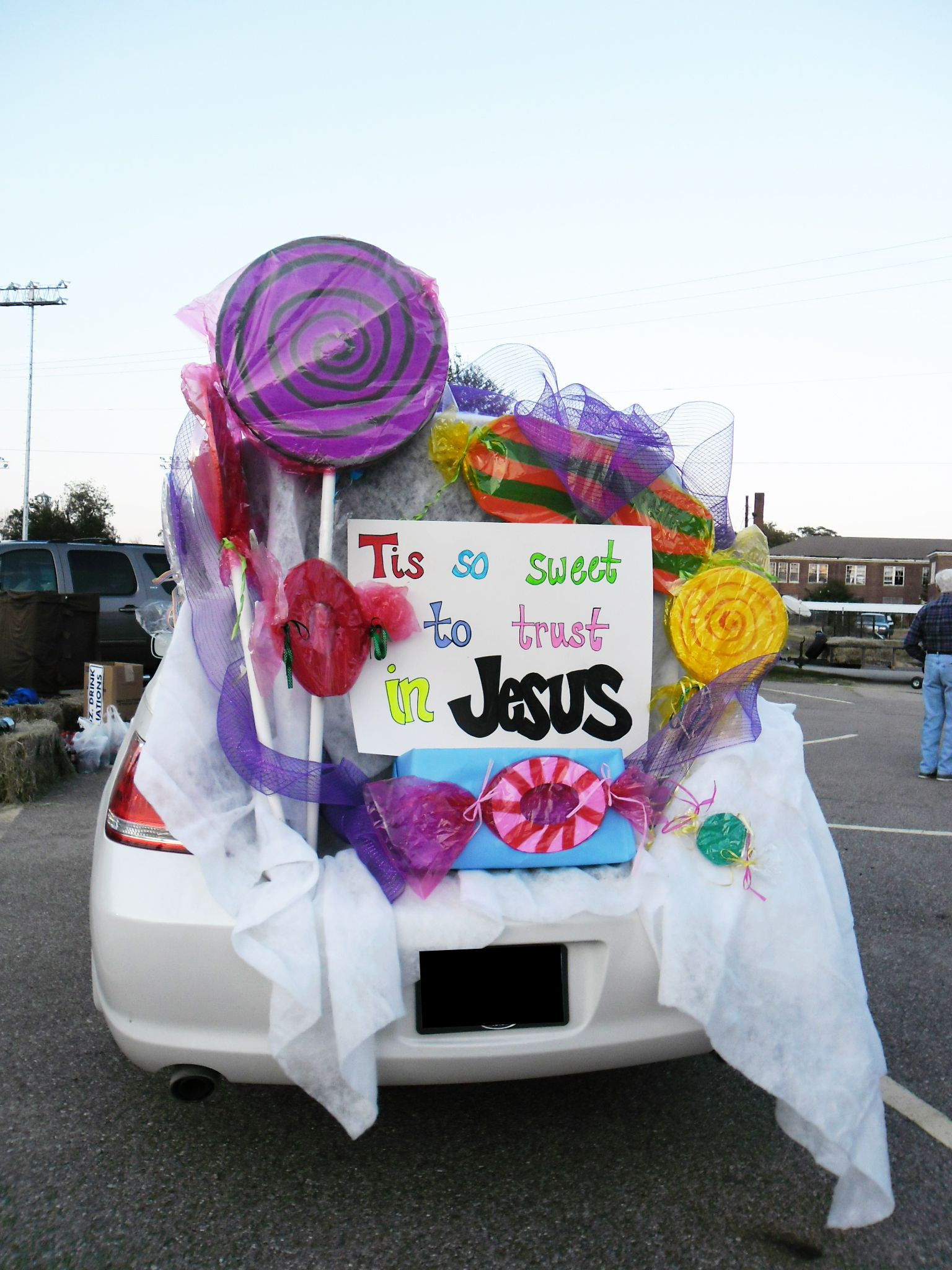 Church Halloween Party Ideas  Here are 10 fun ways to decorate your trunk for your