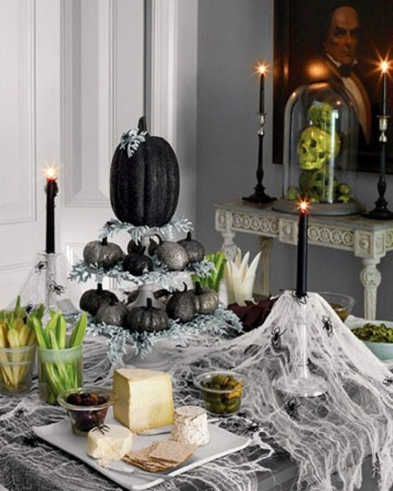 Cool Halloween Party Ideas  43 Cool Halloween Table Décor Ideas DigsDigs