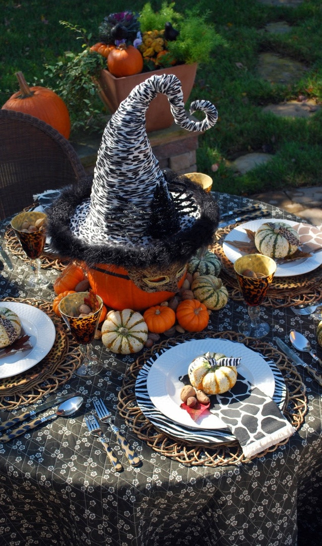 Cool Halloween Party Ideas  25 Cool Halloween Decorations Ideas You Love MagMent
