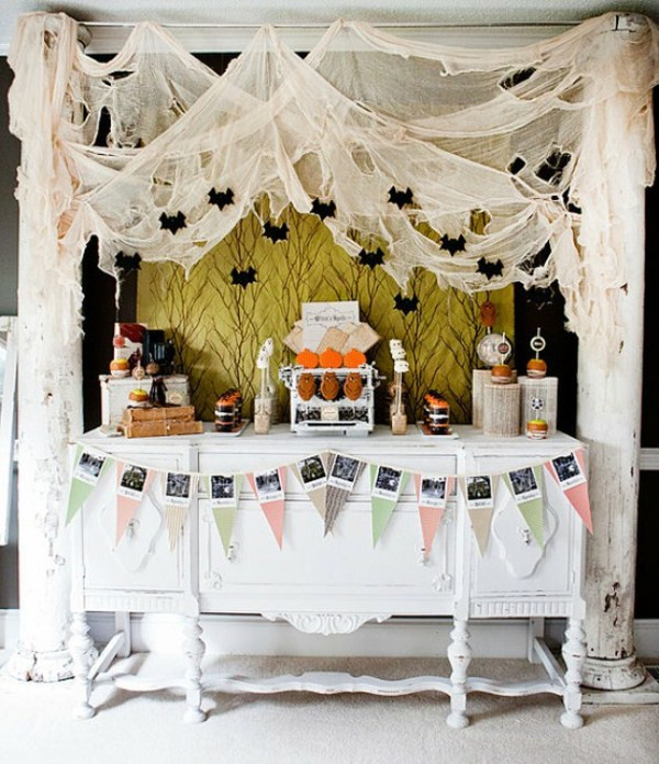 Cool Halloween Party Ideas  43 Cool Halloween Table Décor Ideas