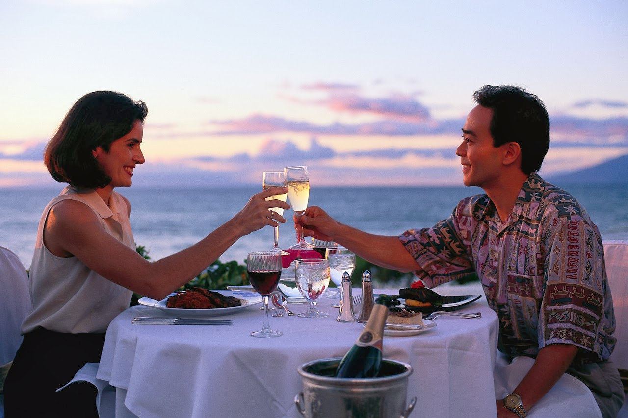 Couples Dinner Party Ideas  Christmas 2015 Eve Romantic Dinner Ideas for Couples Lover