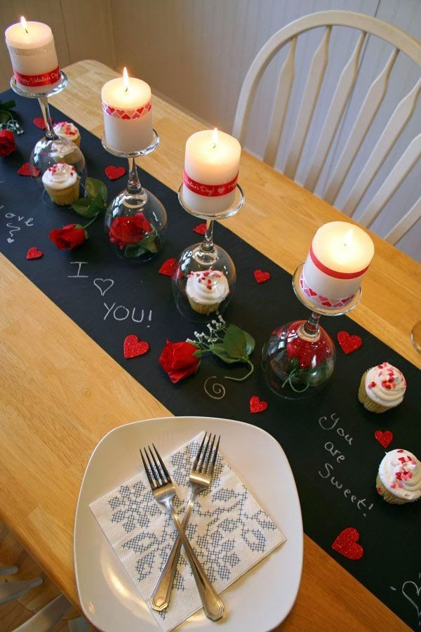 Couples Dinner Party Ideas  1000 ideas about Romantic Dinner Tables on Pinterest