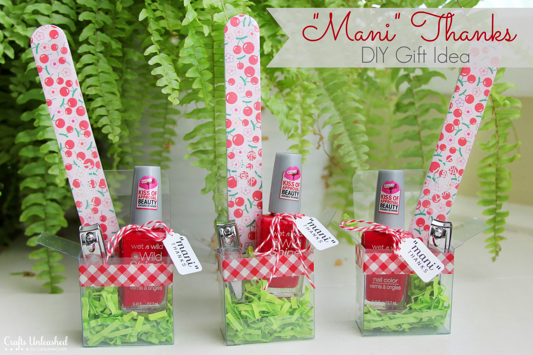"""Craft Ideas For Christmas Gifts  DIY Gift Idea for Girls """"Mani Thanks"""" Manicure Set"""