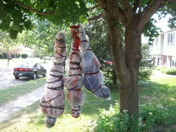 Creepy Outdoor Halloween Decorations  Top 21 Creepy Ideas to Decorate Outdoor Trees for Halloween