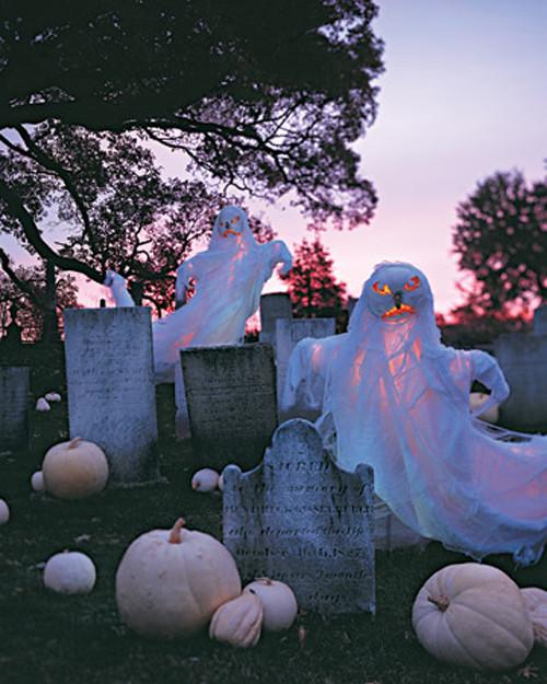 Creepy Outdoor Halloween Decorations  48 CREEPY OUTDOOR HALLOWEEN DECORATION IDEAS